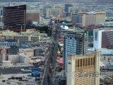 Pohled na famózní bulvár Las Vegas Strip