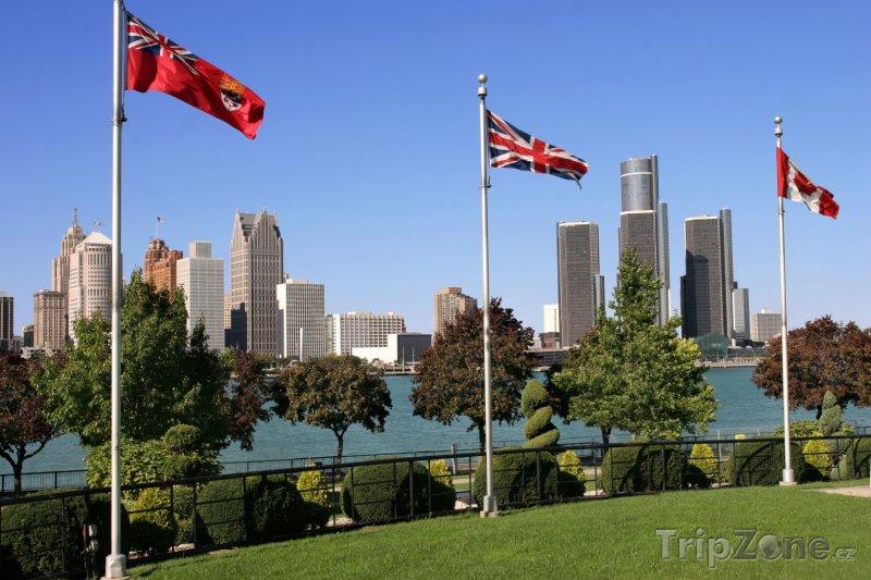 Fotka, Foto Pohled přes řeku Detroit na centrum města (Detroit, USA)
