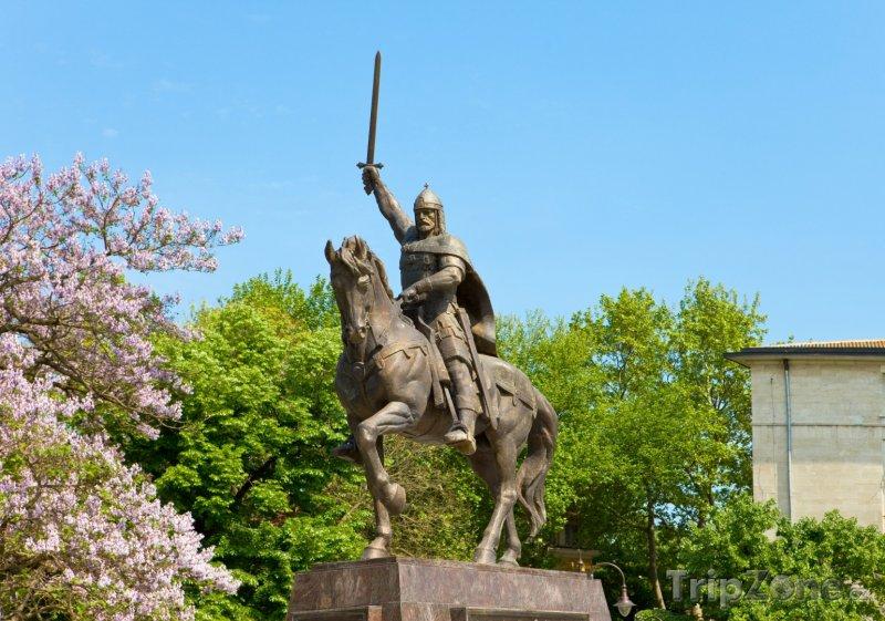 Fotka, Foto Socha krále Kalojana ve Varně (Bulharsko)