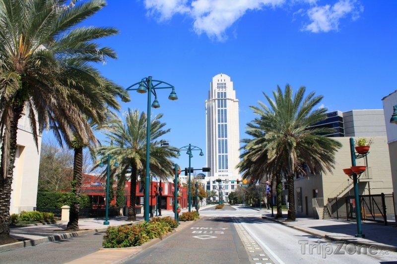 Fotka, Foto Soudní budova Orange County v centru města (Orlando, USA)