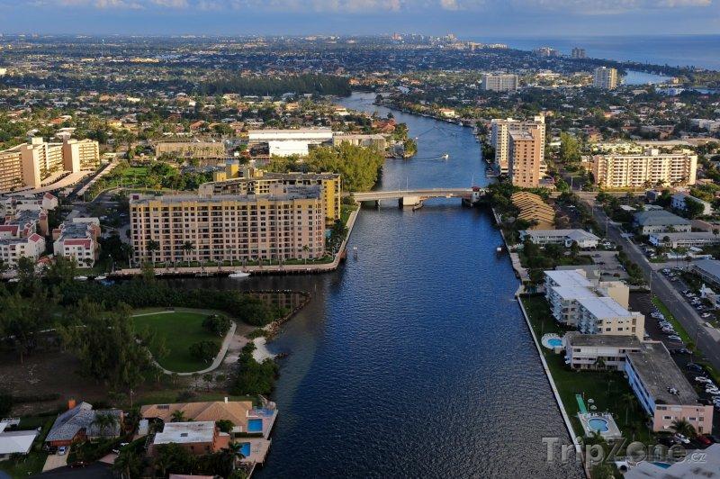 Fotka, Foto Vodní kanál v centru města (Fort Lauderdale, USA)