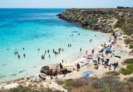 Pláž Cala Rossa, foto: zingaret.com