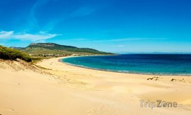 Pláž Playa de Bolonia, foto: otroscaminos.es