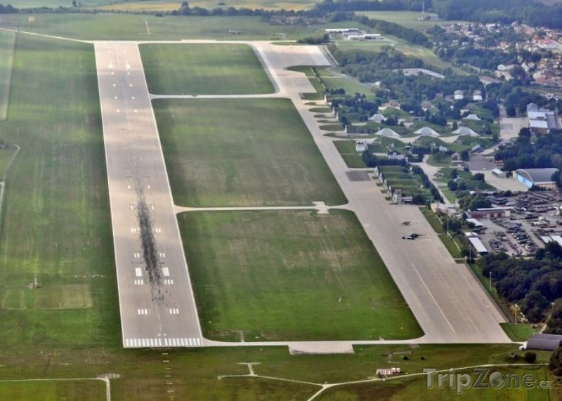Pohled na letiště Pardubice, foto: airport-pardubice.cz