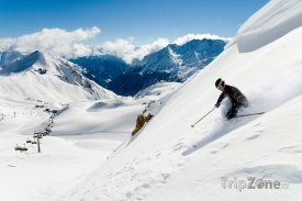 Alpy, lyžař