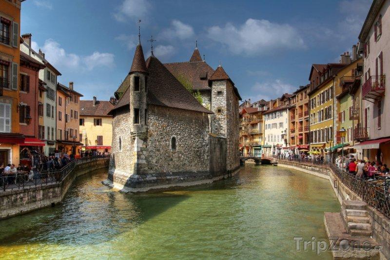 Fotka, Foto Annecy, Palais de l'Isle (Francouzské Alpy, Francie)