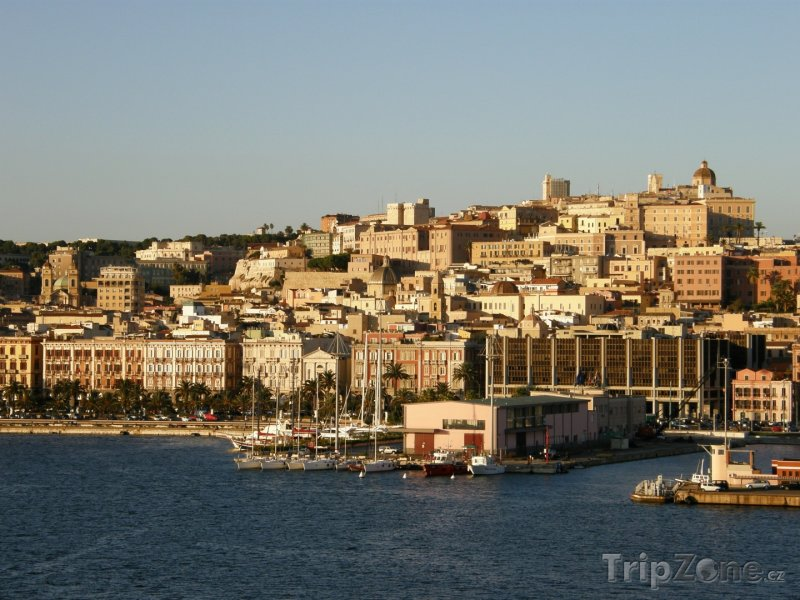Fotka, Foto Cagliari, přístav (Sardinie, Itálie)