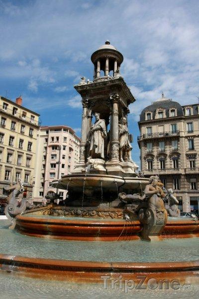 Fotka, Foto Fontána na Place des Jacobins (Lyon, Francie)