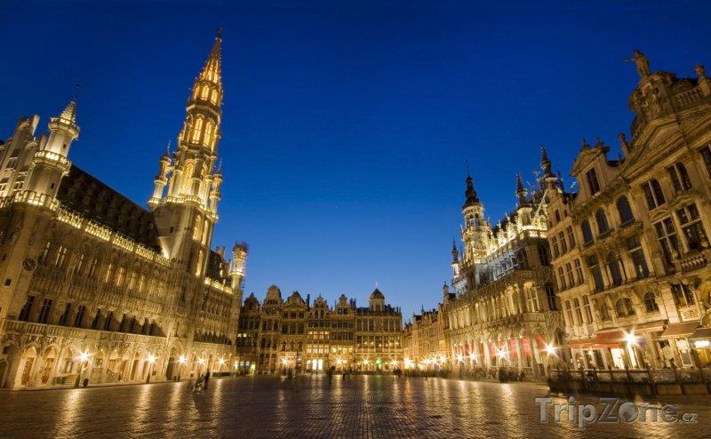 Fotka, Foto Grand Place v noci (Brusel, Belgie)