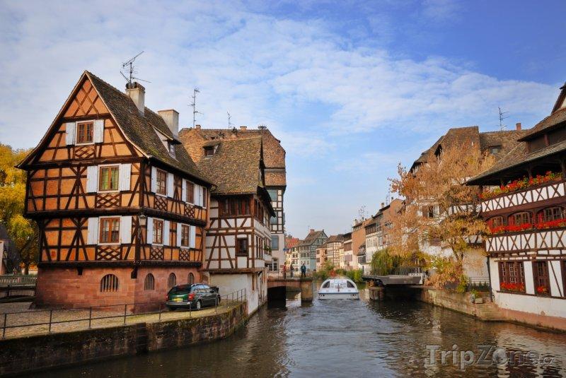 Fotka, Foto Hrázděné domy podél řeky Ill (Štrasburk, Francie)