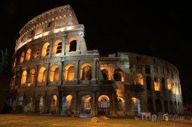 Koloseum v noci