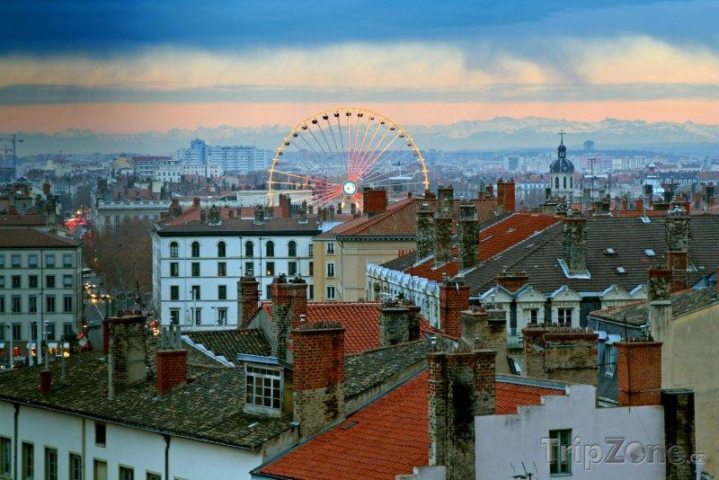 Fotka, Foto Město za soumraku (Lyon, Francie)