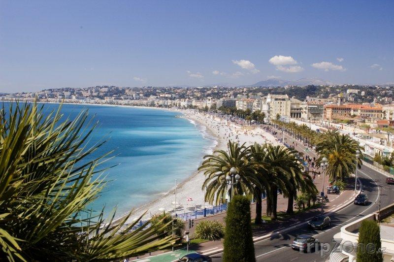Fotka, Foto Nice, pláž a promenáda (Azurové pobřeží, Francie)