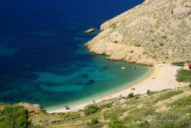 Ostrov Krk, pláž u vesnice Stara Baška