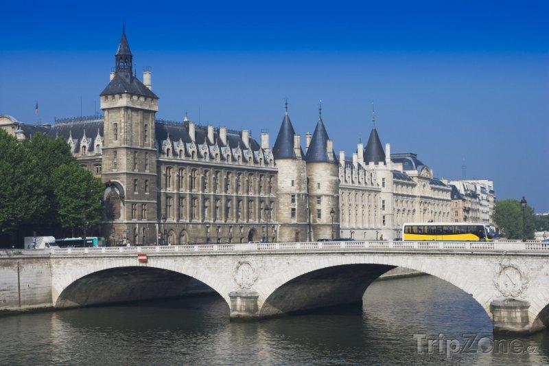 Fotka, Foto Palác La Conciergerie (Paříž, Francie)