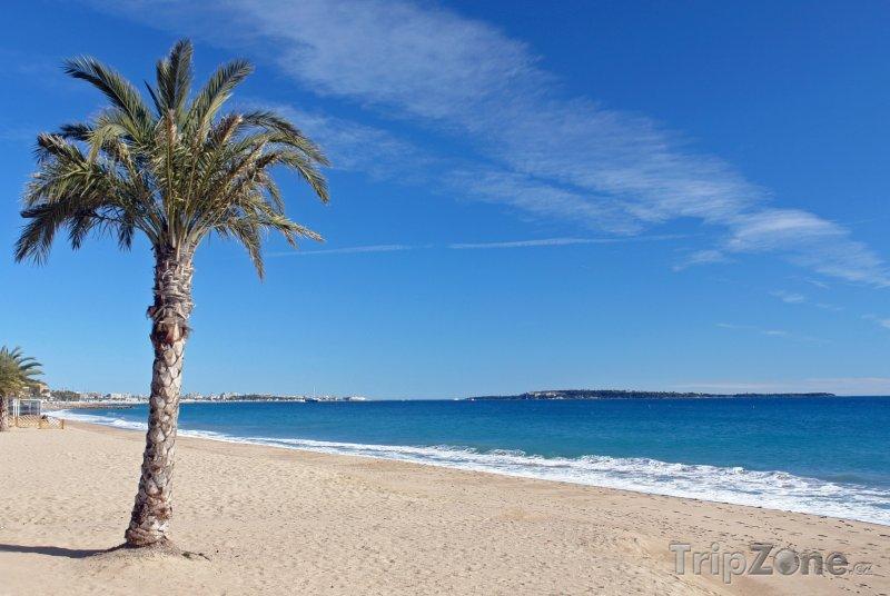Fotka, Foto Pláž na Azurovém pobřeží (Azurové pobřeží, Francie)