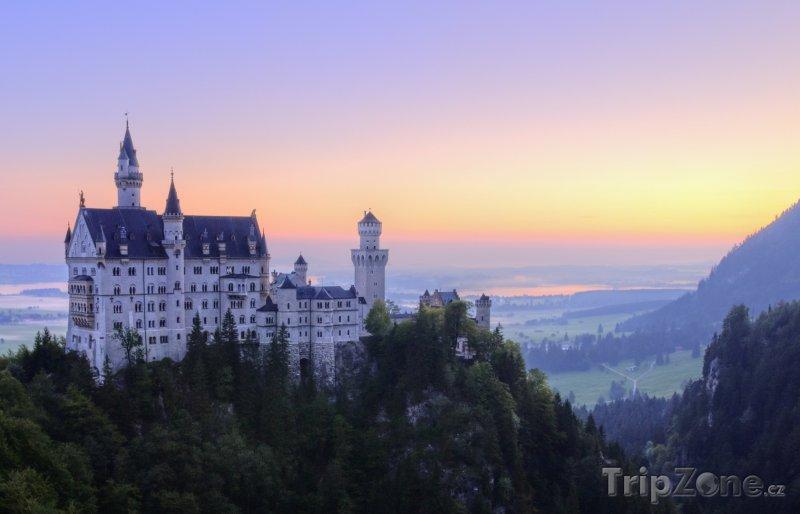 Fotka, Foto Pohádkový zámek Neuschwanstein v Bavorsku (Bavorsko, Německo)