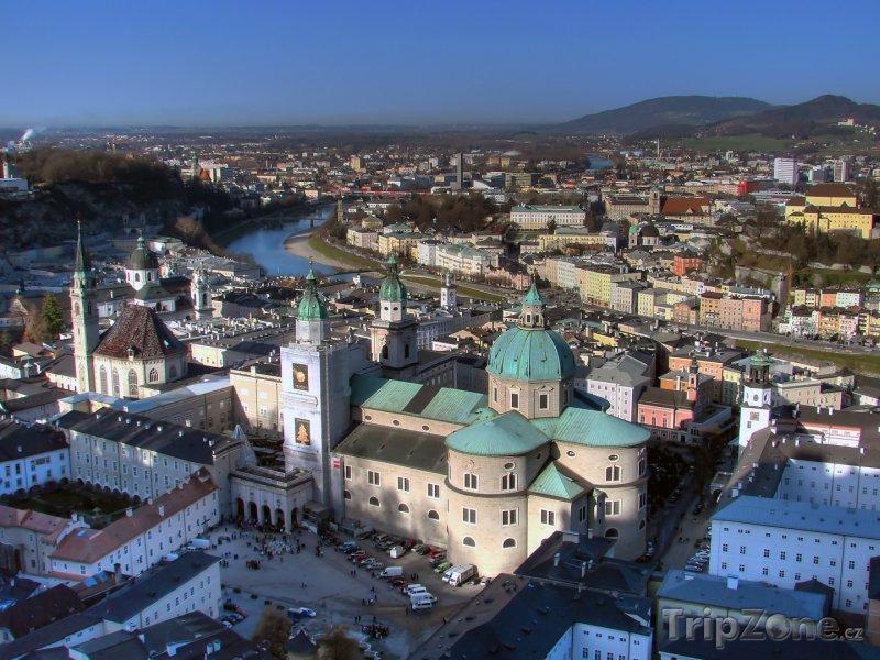 Fotka, Foto Salcburk, panoráma města, uprostřed katedrála sv. Ruperta (Rakousko)