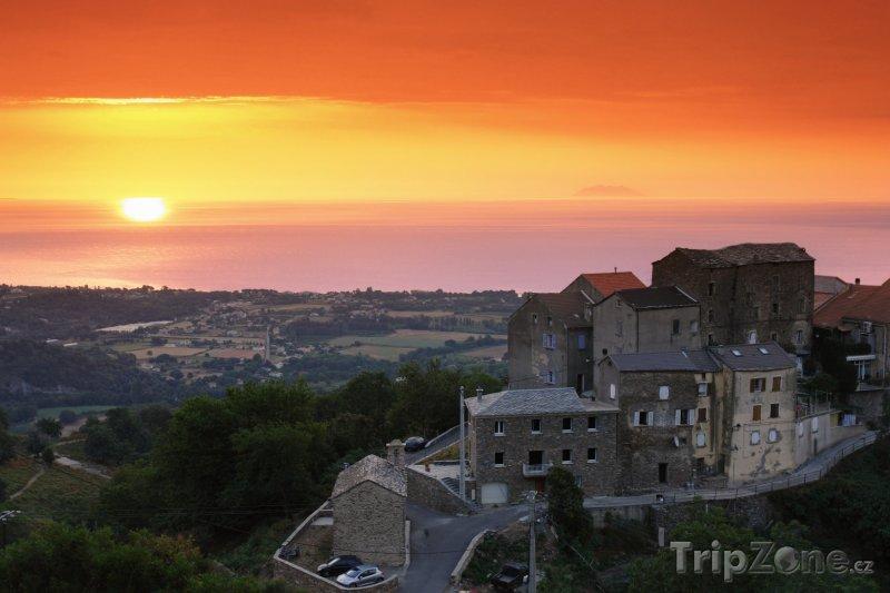 Fotka, Foto Západ slunce na Korsice (Korsika, Francie)