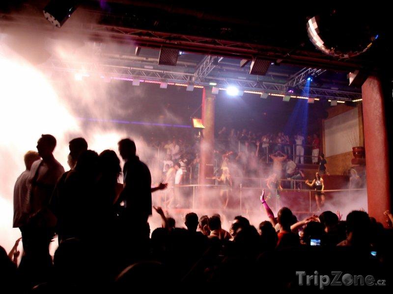 Fotka, Foto Amnesia Club, tanečníci (Ibiza, Španělsko)
