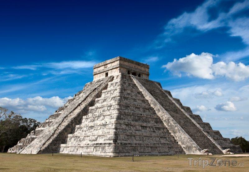 Fotka, Foto Chichen Itza - starověká mayská pyramida (Mexiko)