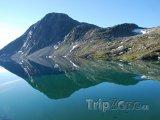Horské jezero Djupvatnet