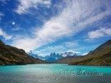 Jezero v Národním parku Torres del Paine v Patagonii