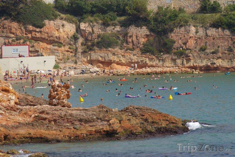Fotka, Foto Kamenité pobřeží na Costa Doradě (Costa Dorada, Španělsko)