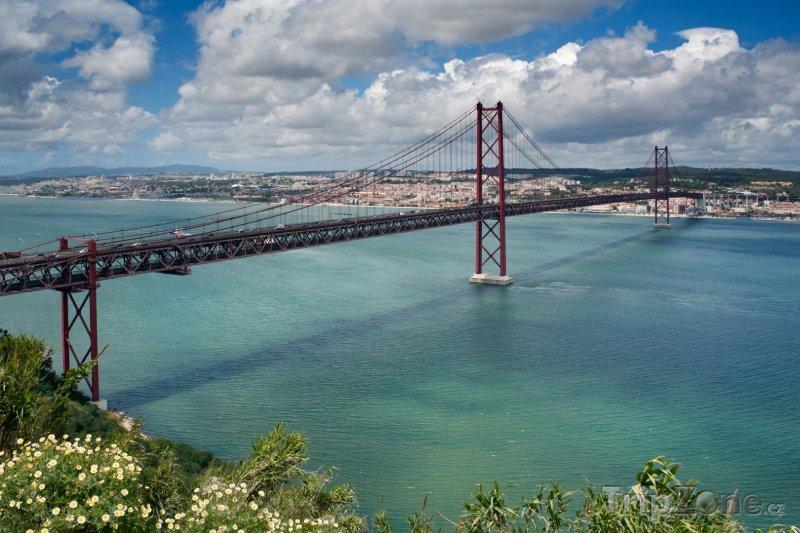 Fotka, Foto Lisabon - Ponte 25 de Abril (Portugalsko)