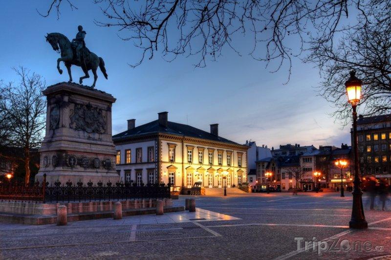Fotka, Foto Náměstí Viléma II. v Lucemburku (Lucembursko)