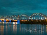 Noční scenérie hlavního města Riga