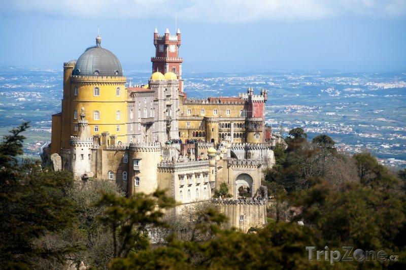 Fotka, Foto Palác Pena ve městě Sintra (Portugalsko)