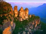 Skalní útvar Three Sisters v Národním parku Blue Mountains