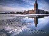 Stockholmská radnice v zimě