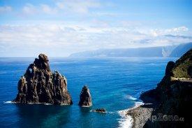 Útesy na pobřeží ostrova Madeira