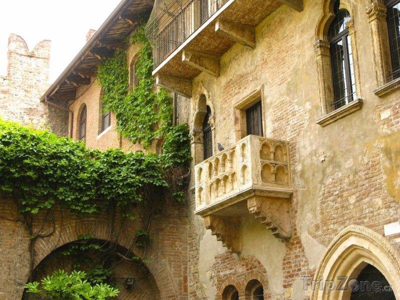 Самый романтичный и настроенческий тур 3LAV «В гости к Ромео и Джульетте»