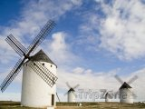 Větrné mlýny v Campo de Criptana