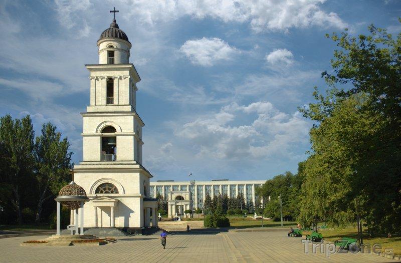 Fotka, Foto Zvonice v Kišiněvu (Moldavsko)