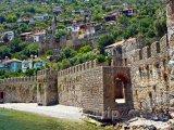 Alanya - hradby města