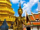 Bangkok, zlatá socha v Královském paláci