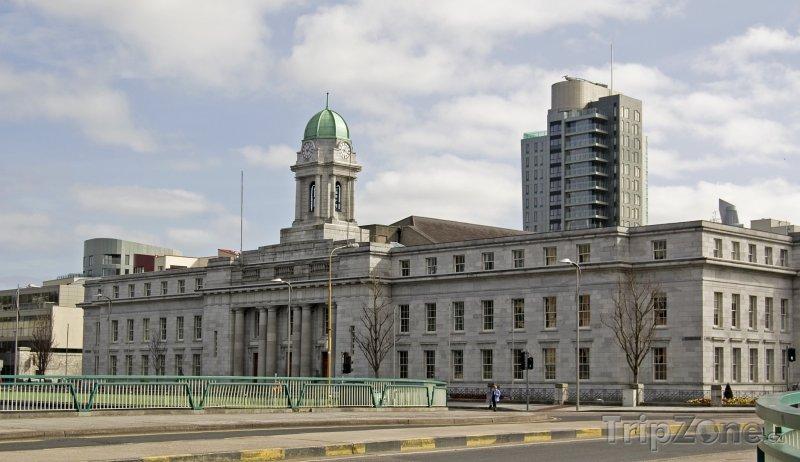 Fotka, Foto Cork, radnice (Irsko)