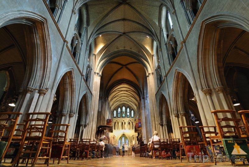 Fotka, Foto Dublin, katedrála sv. Patrika zevnitř (Dublin, Irsko)