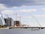 Dublin, Samuel Beckett Bridge přes řeku Liffey