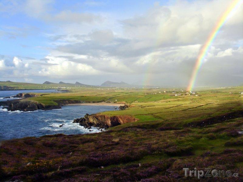 Fotka, Foto Duha nad irským pobřežím (Irsko)