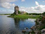 Hrad Dunguaire v hrabství Galway