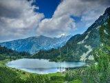 Jezero v Národním parku Pirin