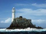 Maják na ostrově Fastnet Rock u jižního pobřeží