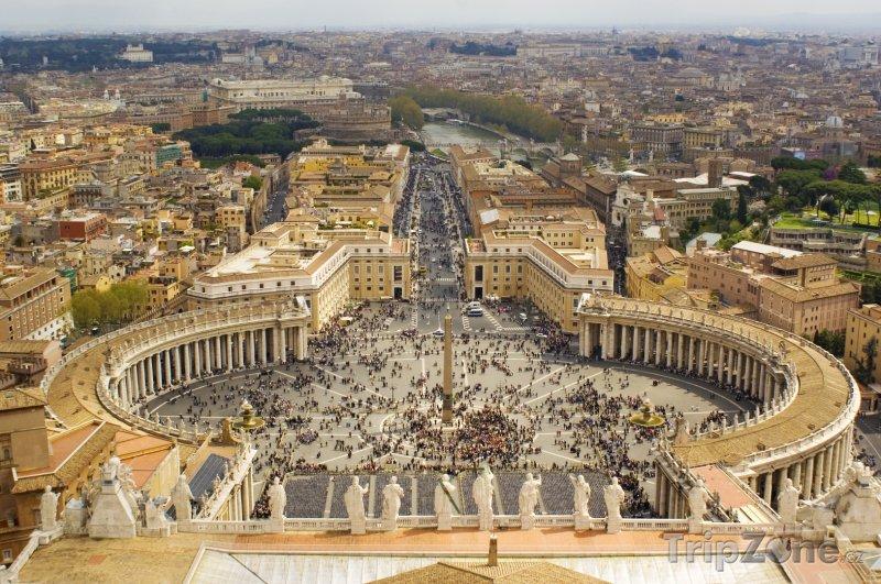 Fotka, Foto Náměstí svatého Petra ve Vatikánu (Řím, Itálie)