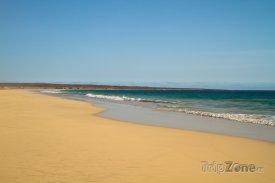 Pláž Santa Monica na ostrově Boa Vista