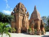 Pozůstatky čamské věže Po Nagar ve městě Nha Trang